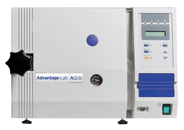 Lab bench autoclaves